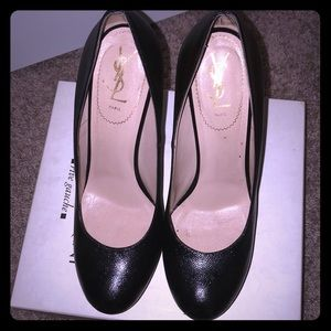 YSL Tribute 105 pumps black only Worn twice